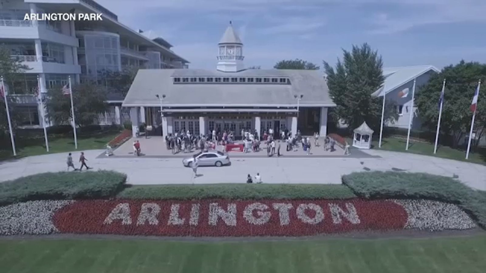 Chicago Bears may be eyeing Arlington Park as new stadium over Soldier Field