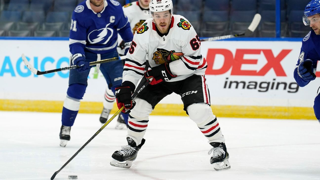Chicago Blackhawks forward Andrew Shaw retiring from NHL at 29 because of concussions