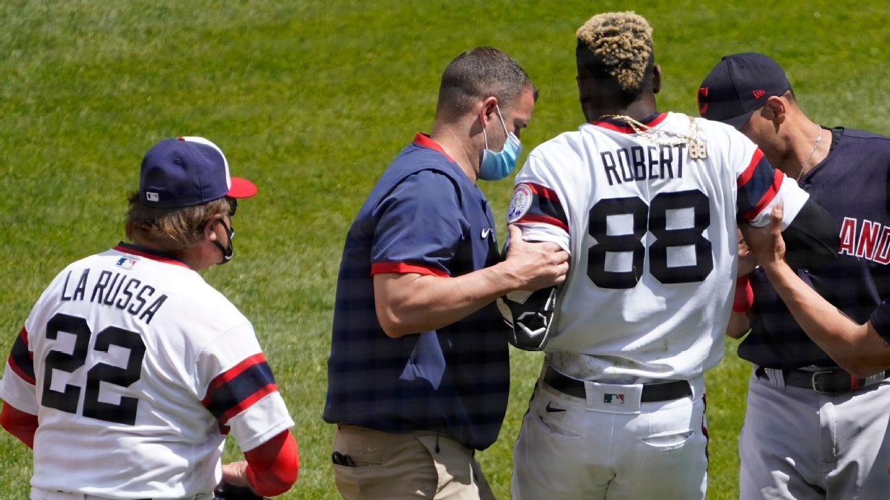 Chicago White Sox will send outfielder Luis Robert to injured list with strained right hip flexor