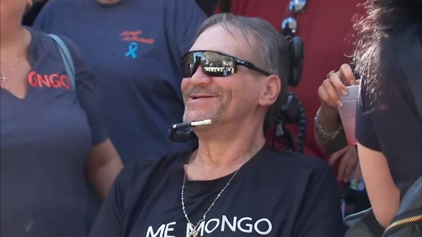 Benefit concert underway in Romeoville for Steve 'Mongo' McMichael after ASL diagnosis